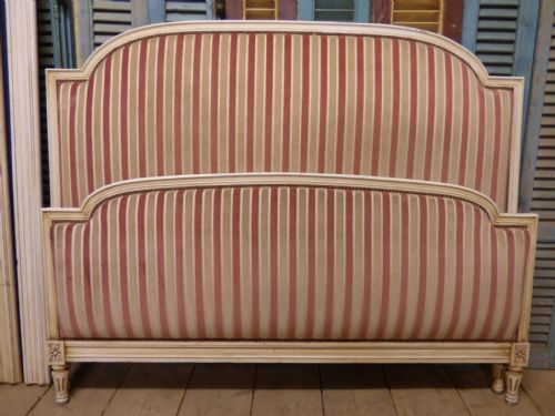 VINTAGE UPHOLSTERED DOUBLE FRENCH BED  - g46